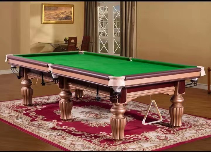 Beringer Signature 9′ Snooker Table
